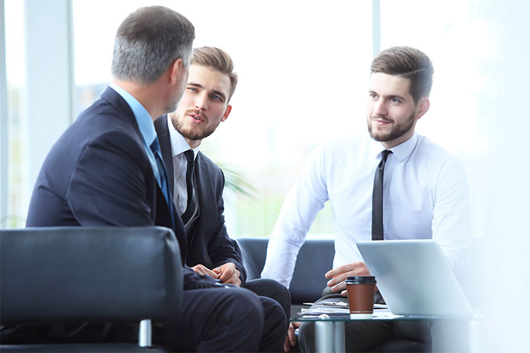 Why Choosing a Leadership Mindset is Essential for Your Team, Clients and Sales Prospects